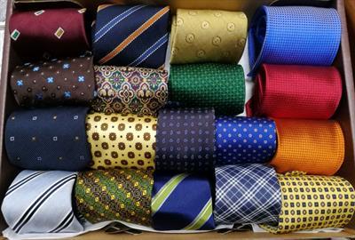 Cravatte varie 100% seta